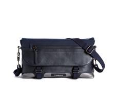 FEMME Messenger Bag Demi Front